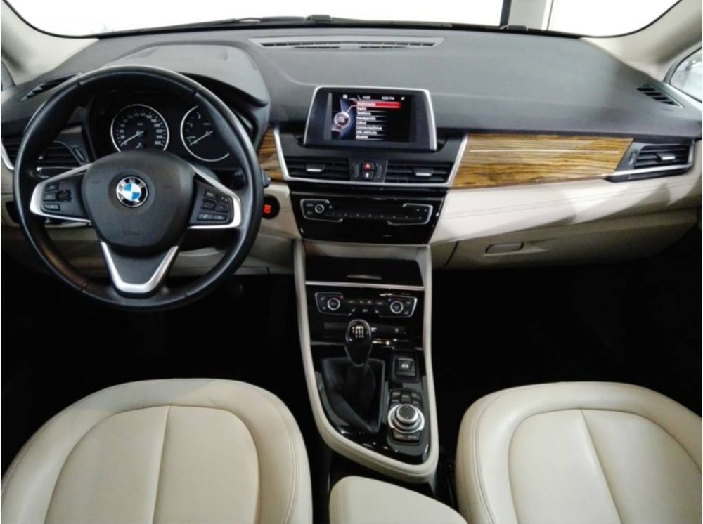 BMW 218d Active Tourer Luxury Segunda Mano