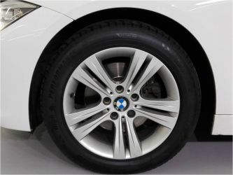 Coche BMW 320dA Touring Sport