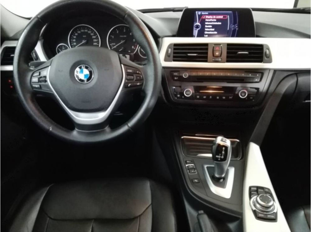 BMW 320dA Touring Segunda Mano