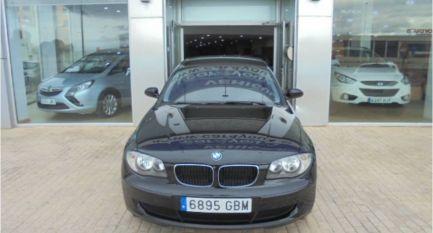 Coche BMW 118d
