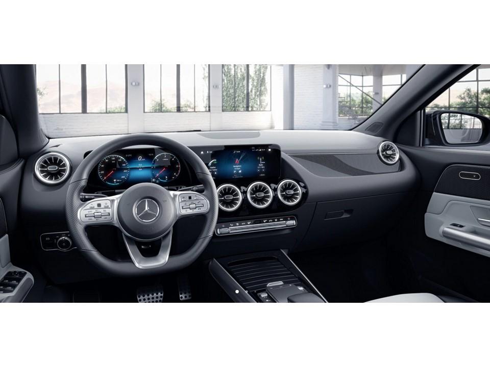 MERCEDES-BENZ GLA 200 D 150CV Renting