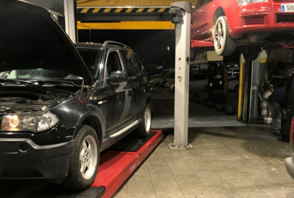 Elevador para alinear y cambio de neumáticos