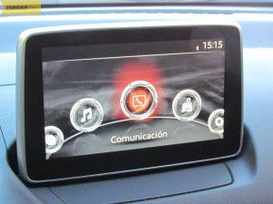 display-Mazda-CX-3-20-120-2wd-prueba