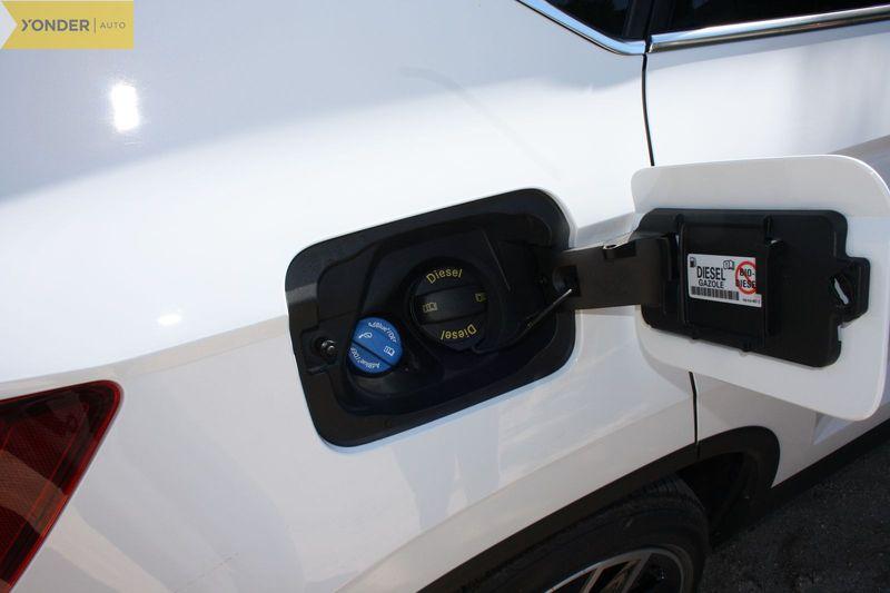 exterior-detalle-Seat-Ateca-20-TDI-150-4Drive-prueba-2017