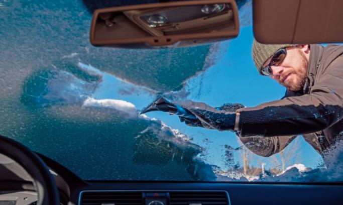 consejos quitar hielo parabrisas